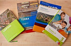 Auswahl an Schulbüchern, an denen Wiebke Hebold mitgewirkt hat